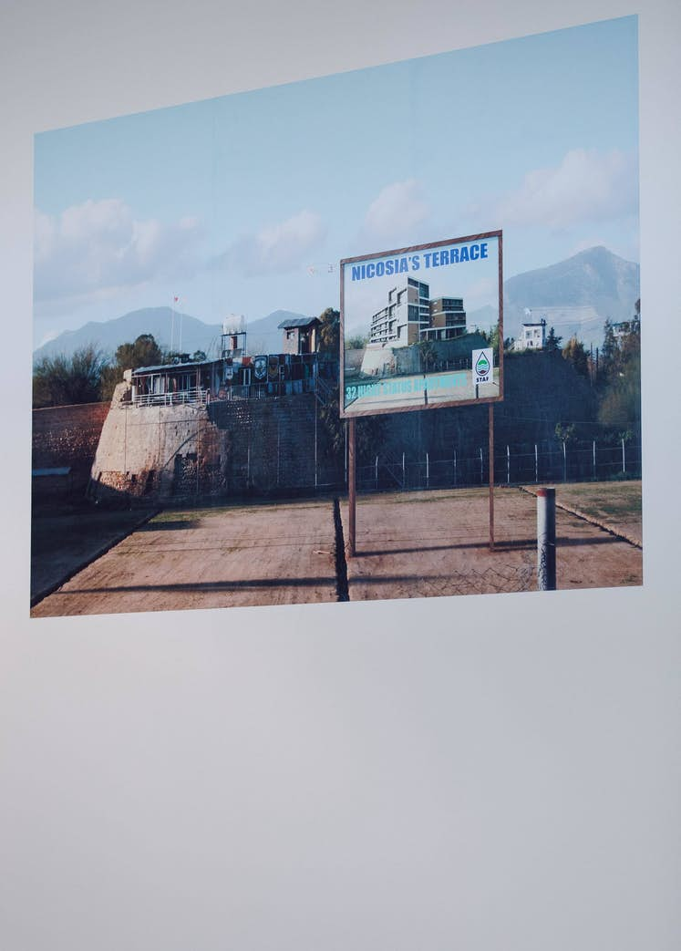 "François BELLENGER, ""Buffer Zone Project-Nicosia-Cyprus Island"", 2015. Exposition La Colère de Ludd, BPS22, 2020. Photo : Leslie Artamonow"
