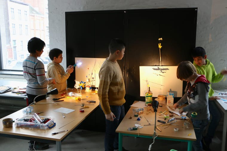 01 04 LES AUDACIEUX E Itape 1 Atelier arts plastiques Light