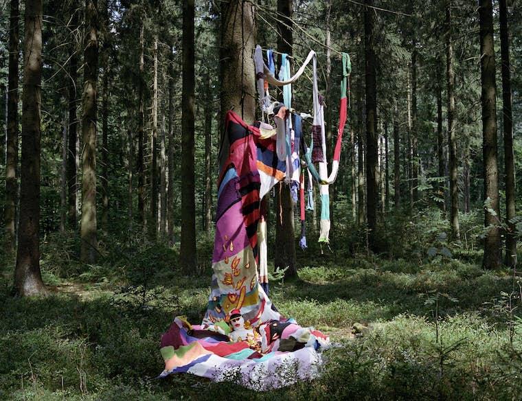 Nicolas CLEMENT et Barbara MASSART Sans titre de la srie Barbara dans les bois 2013 75 X 100 cmlight